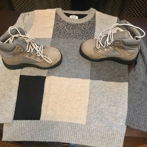 Timberland Shoes - TIMBERLANDS and GAP SWEATER❤️